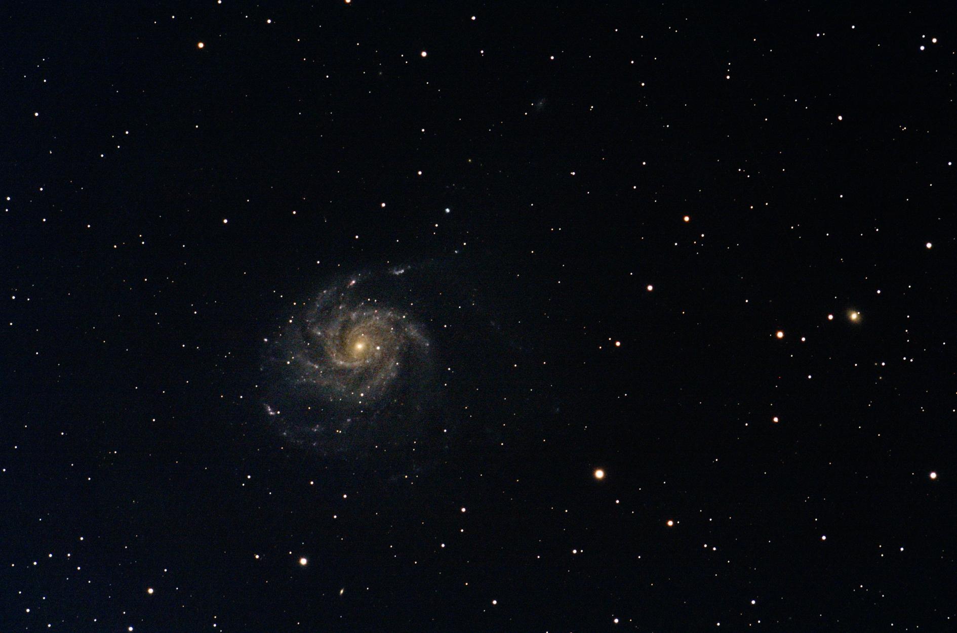 M101_A.BERNARD_EOS40D_Equinox120ED
